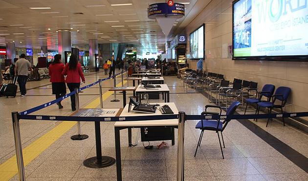 Atatürk Havalimanı'nda referandum hazırlıkları