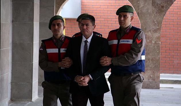 Isparta'da darbeci 21 askerin yargılanmasına başlandı