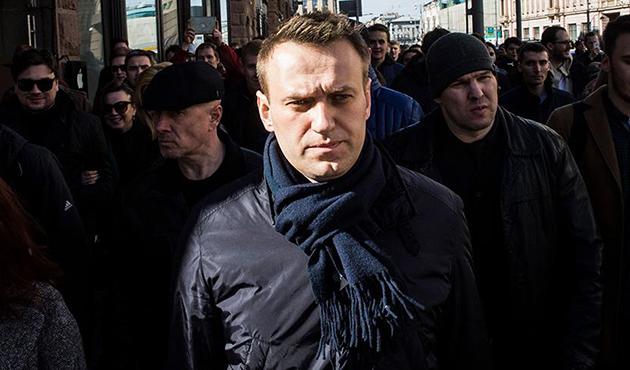 Rusya'da muhalif Navalnıy'a hapis cezası
