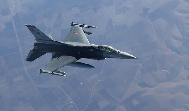 Yüksekova'da hava harekatıyla 4 PKK'lı öldürüldü