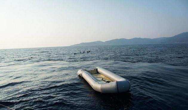 Libya açıklarında mülteci faciası: 100 kayıp