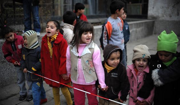 İtalya kimsesiz çocuk göçmenleri sınır dışı etmeyecek