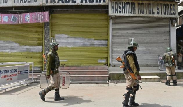 Modi'nin Keşmir ziyareti sonrası çatışma