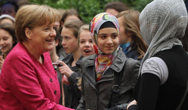Alman bürokratlardan 'İslam yasası' talebi