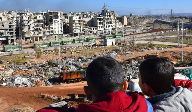 Suriye kimyasal silah saldırısından sonra hastane vurdu