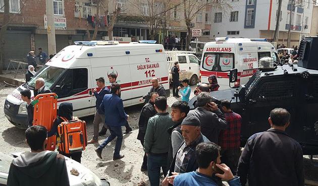 Diyarbakır'daki patlamada şehit sayısı 3'e yükseldi