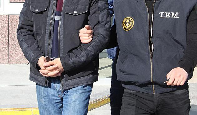 Çukurca'da PKK operasyonunda 2 tutuklama