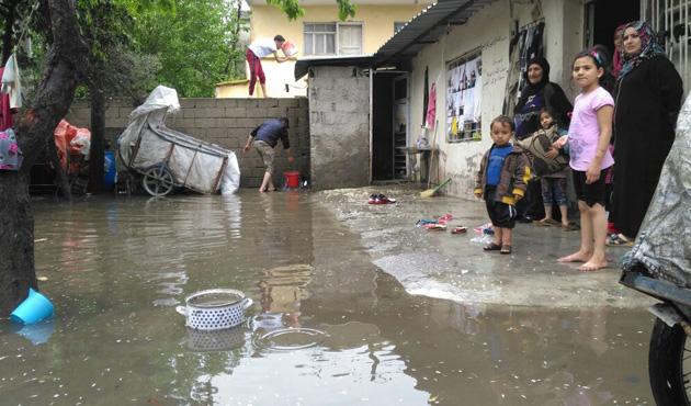 Osmaniye'de sağanak yağmur