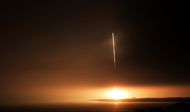 Çin ilk kargo uzay aracını fırlattı