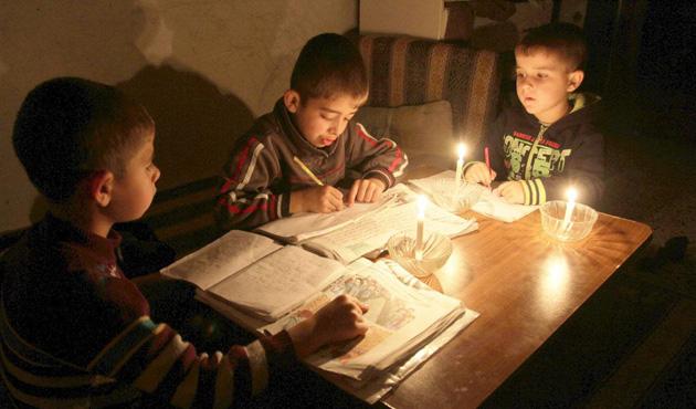 Gazze'deki elektrik sıkıntısı için gösteri