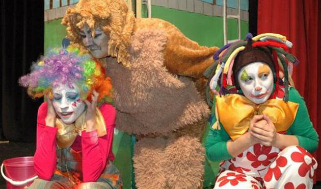 Diyarbakır'da engelli çocuklar tiyatroyla buluştu