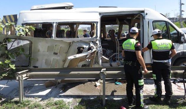 İstanbul'da servis minibüsünde patlama