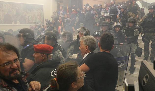 AGİT, Makedonya meclisine yapılan saldırıyı kınadı