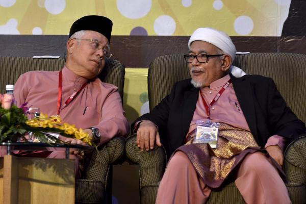 Malezya'da genel seçimler öncesinde İktidar-Muhalefet ve 'İslamcı' Parti