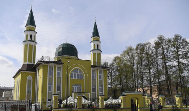 Görmez Rusya'da Kostroma Merkez Camisi'nin açılışını yaptı