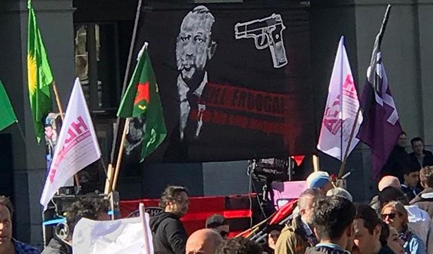 İsviçre'de Erdoğan'ı hedef gösteren pankart için ilk karar