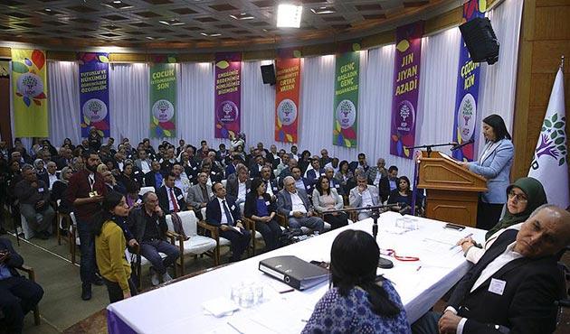 HDP kongresinde Demirtaş ve Yüksekdağ'ın mektupları okundu