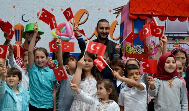 'Tekne orucu' tutan çocuklar iftar yaptı