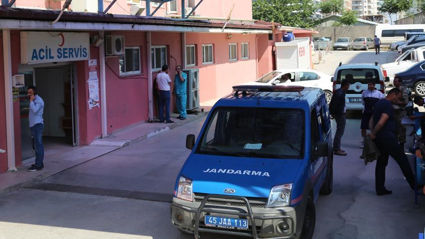 Manisa'daki askeri birlikte çok sayıda asker hastaneye kaldırıldı