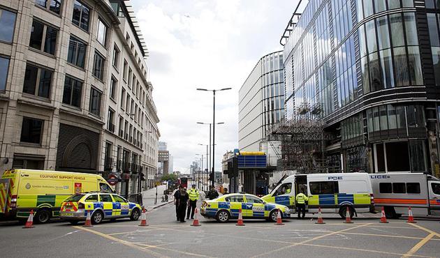 Londra saldırganlarının kimlikleri açıklanacak