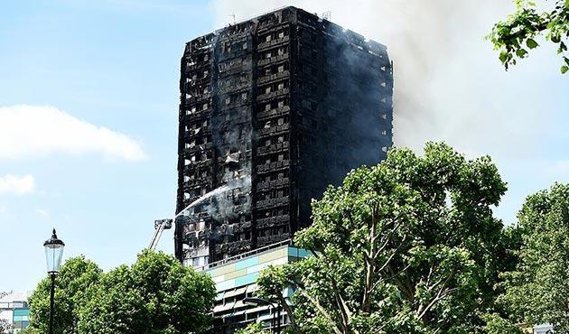 Londra'daki büyük yangında ölü sayısı  artıyor