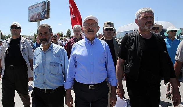 Kılıçdaroğlu, İstanbul yürüyüşünün ikinci bölümünü tamamladı