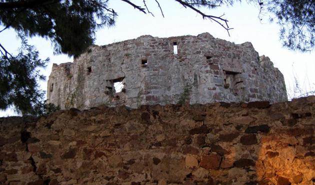 Midilli Kalesi ziyarete kapatıldı