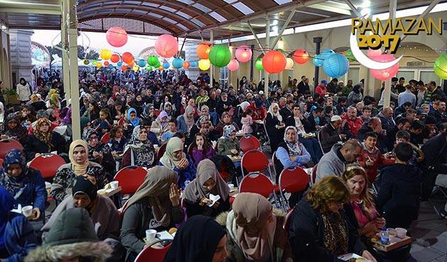 Avustralya'da 3 bin kişilik iftar | FOTO