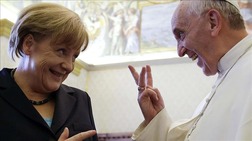 Papa Franciscus, Merkel'i cesaretlendirdi