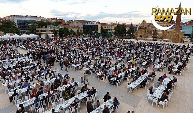 Ahiliğin başkentinde 6 bin kişilik birlik iftarı