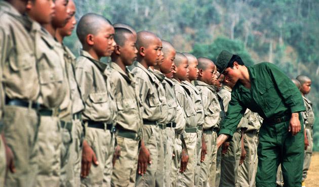 Myanmar ordusu 67 çocuk askeri serbest bıraktı