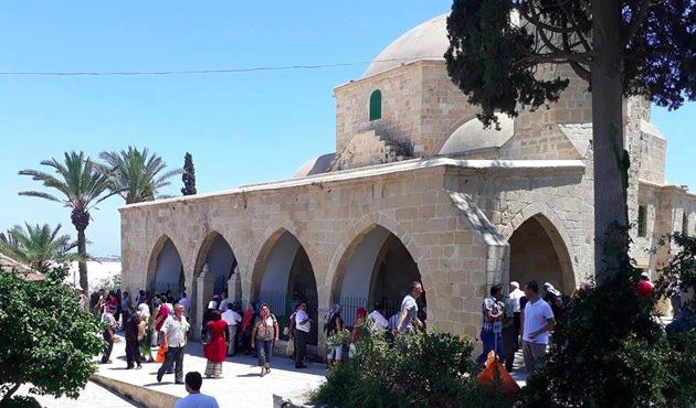 Güney Kıbrıs Rum Kesimi'ndeki Hala Sultan Tekkesi'ne ziyaret