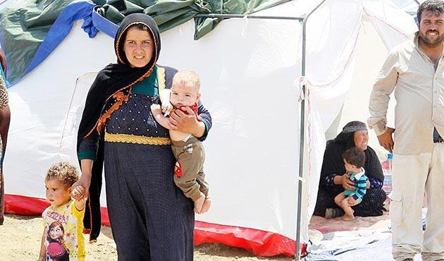 Lübnan'daki yangın sonrası Suriyeli mülteciler bir kez daha evsiz