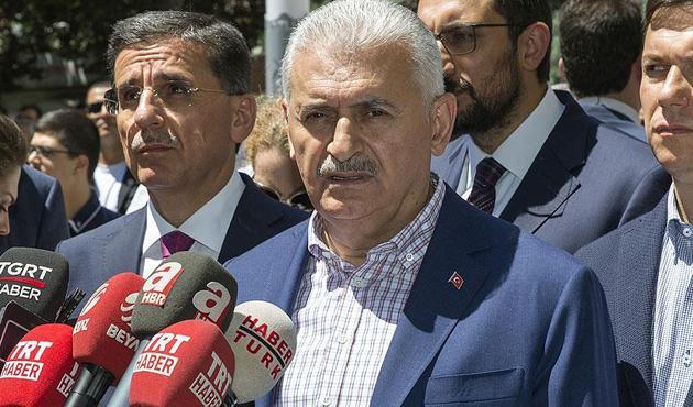Başbakan Yıldırım'dan 'skandal tişört' ve 'OHAL' açıklaması