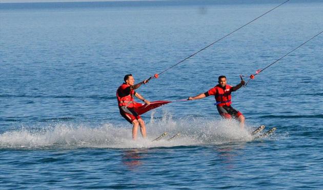 Bitlis'te kablolu su kayağına ilgi artıyor
