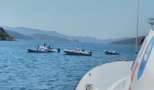 Marmaris'te tur teknesi battı