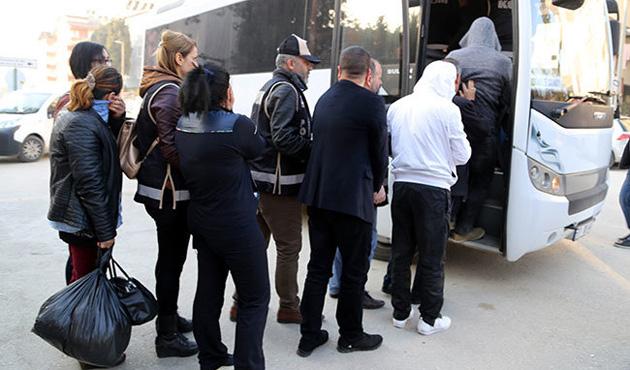 Hatay'da 9 yabancı uyruklu yakalandı