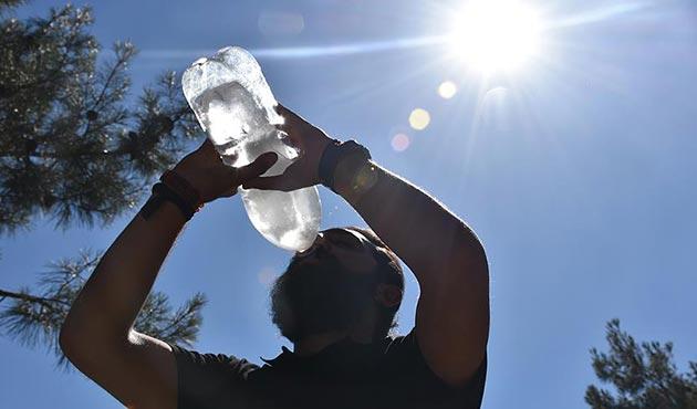 Gümüşhane'de 76 yılın en sıcak günü