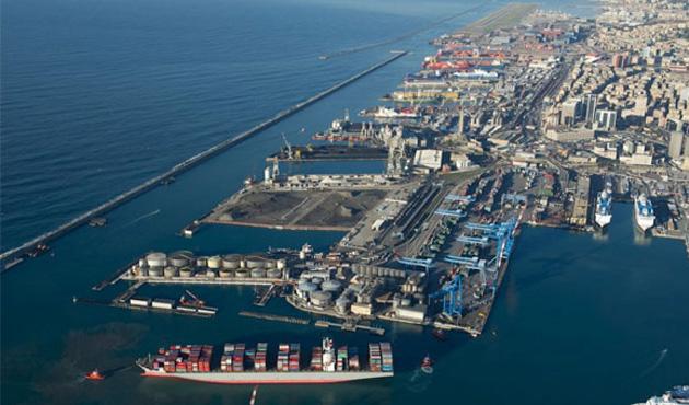 Derince'den Katar'a ticari gemi seferleri başlatılıyor