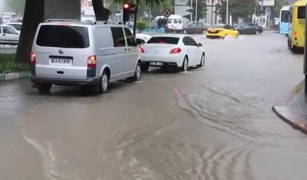 Kütahya'da şiddetli yağış