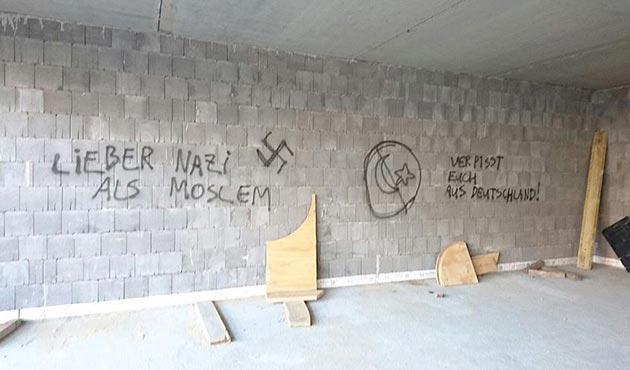 Almanya'da sığınmacılar her gün tehdit  altında