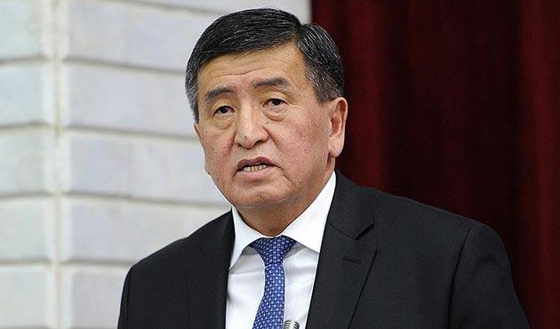 Kırgızistan'da Başbakan Ceenbekov görevden ayrıldı