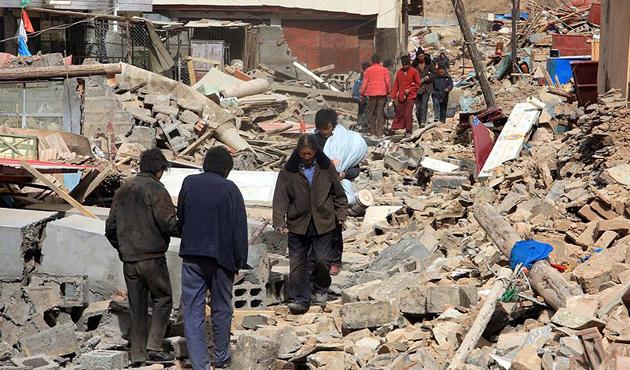 Çin'deki büyük depremde ölü ve yaralı sayısı artıyor