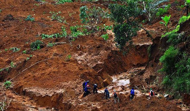 Nepal'deki sel ve heyelanda ölenlerin sayısı 70'i buldu