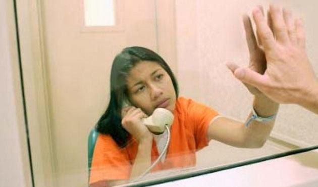 Özbekistan hapishanelerinde devrim