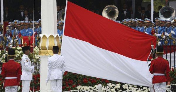 Endonezya ile Malezya arasında 'bayrak krizi'