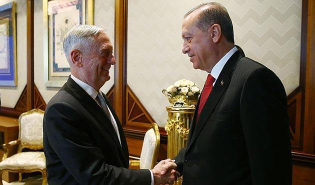 Erdoğan: IKBY'nin referanduma gitmesi yanlış bir adım