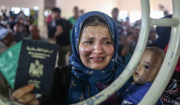 Refah Sınır Kapısı iki günlüğüne açıldı
