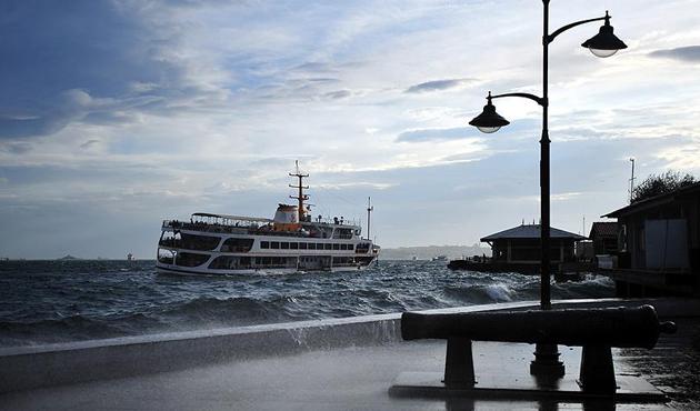 Topbaş'tan İstanbul için fırtına uyarısı