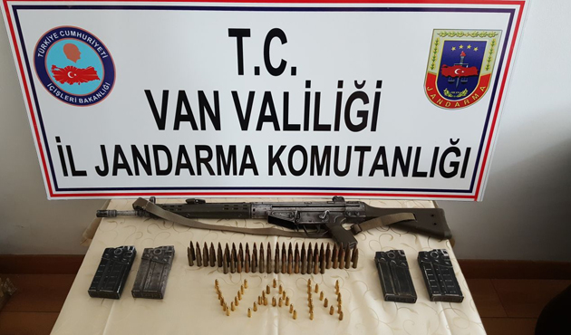 Van'da bir evde G-3 piyade tüfeği ele geçirildi